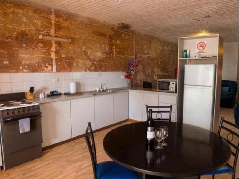 Desert View Apartments, Coober Pedy