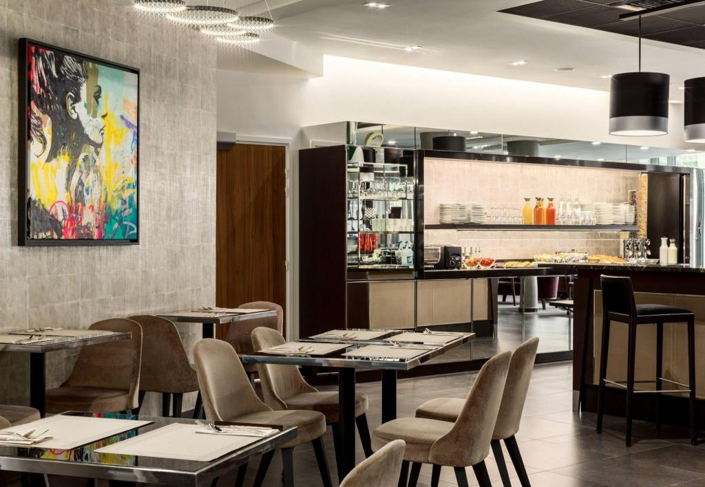 Best price on ac hotel paris porte maillot in paris reviews - Hotel meridien paris porte maillot ...