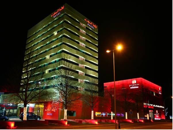 Airport Hotel Basel - Convenient & Friendly, Basel