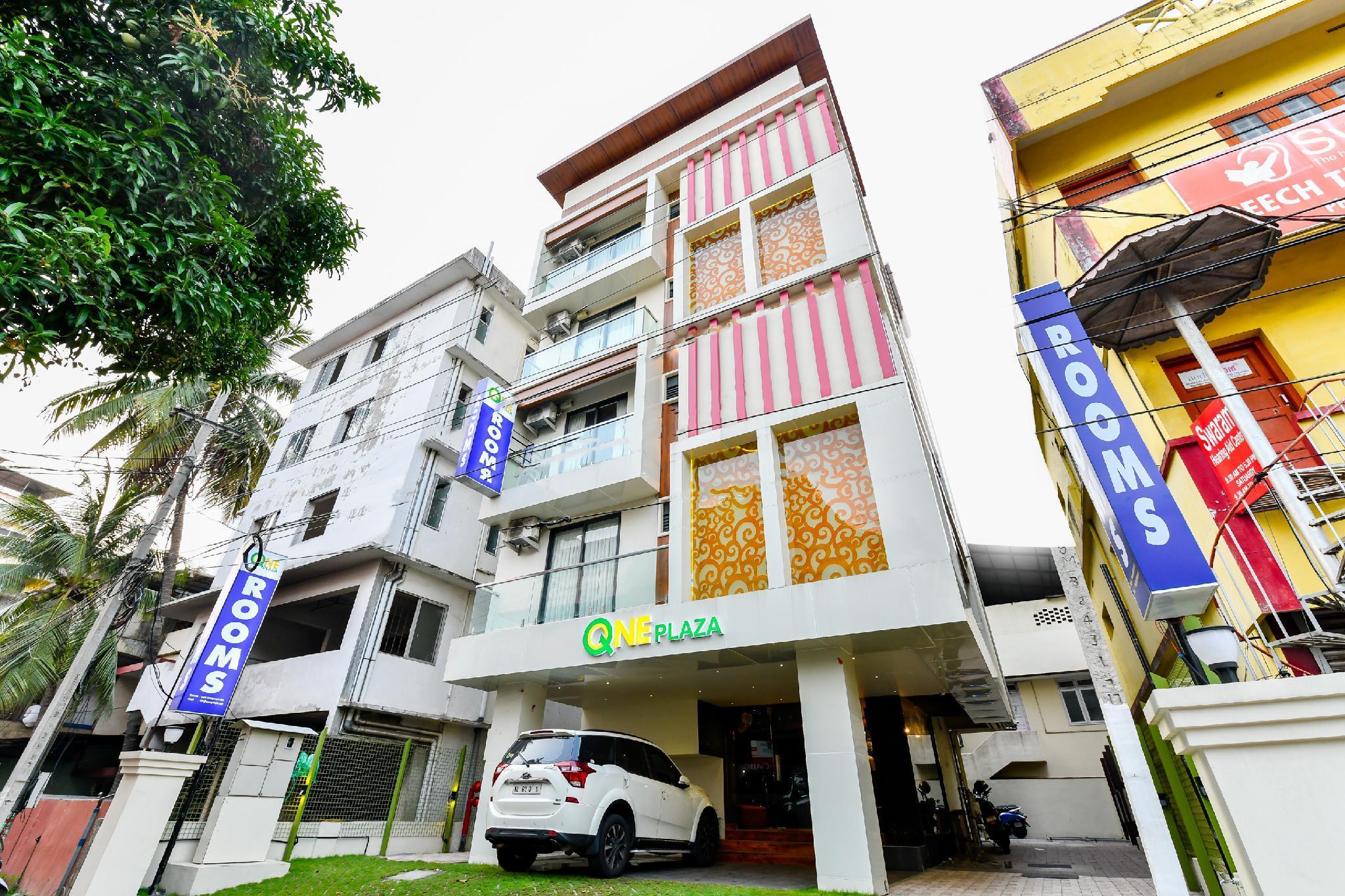 OYO 39803 Q One Plaza, Ernakulam