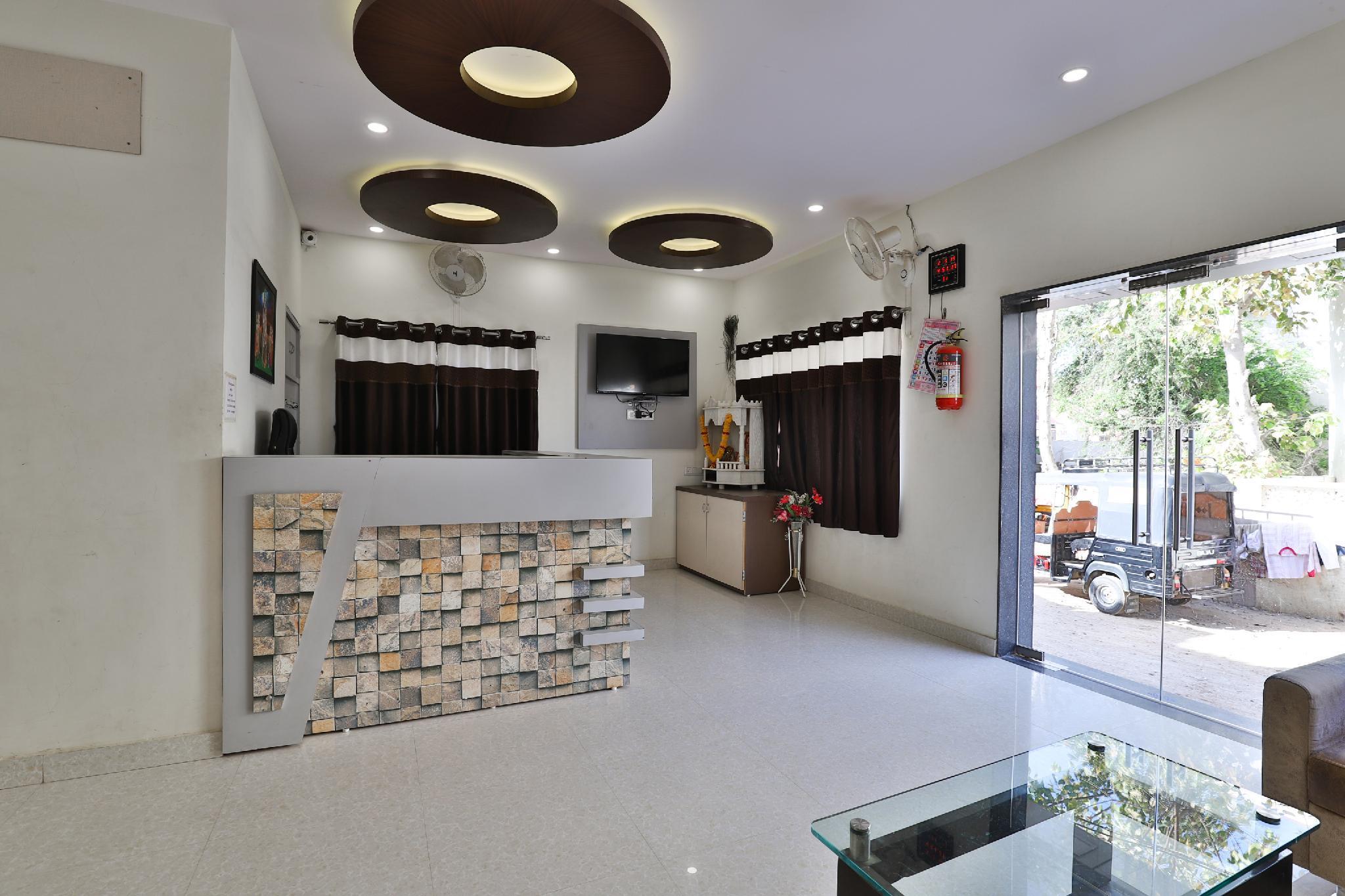 SPOT ON 39522 Hotel Shree Dhara, Devbhumi Dwarka