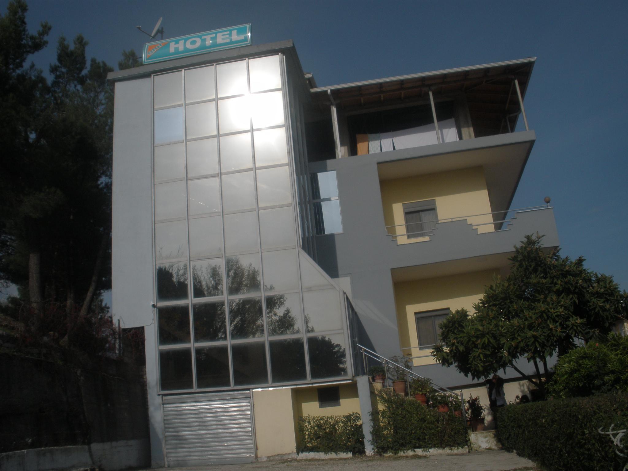 Qiqi Hotel, Gjirokastrës