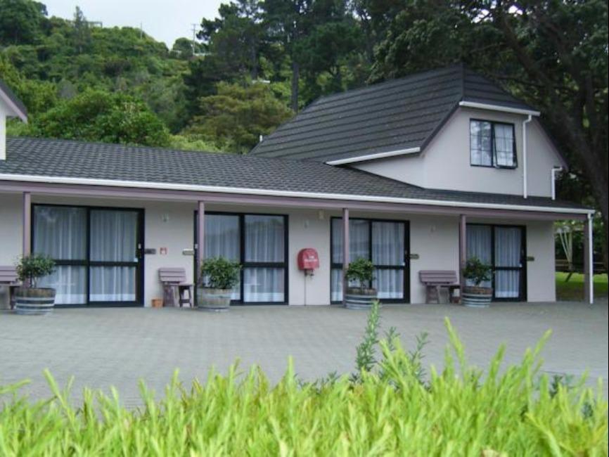 Camellia Court Motel, Hutt city