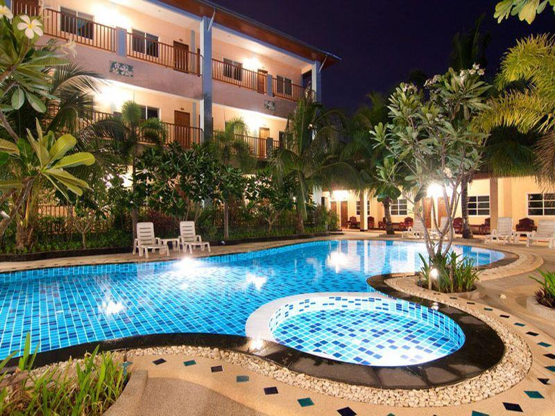 Ampan Resort, Bang Lamung