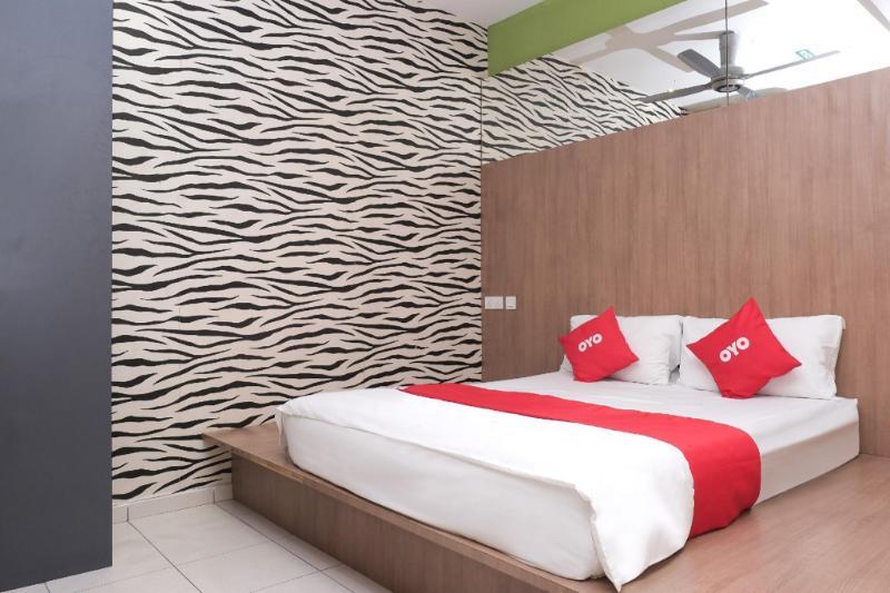 OYO89930金色旅館
