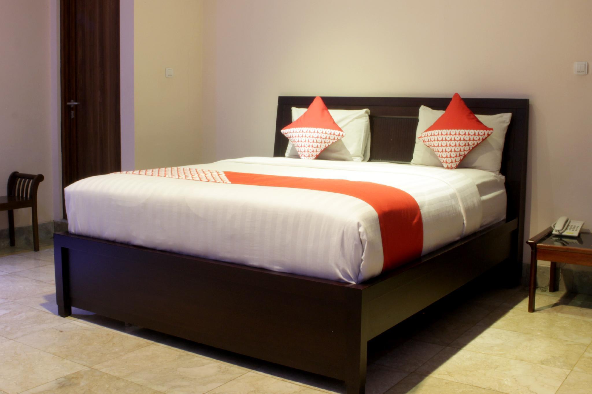 OYO 171 Lotus Art Garden Hotel, Bandung