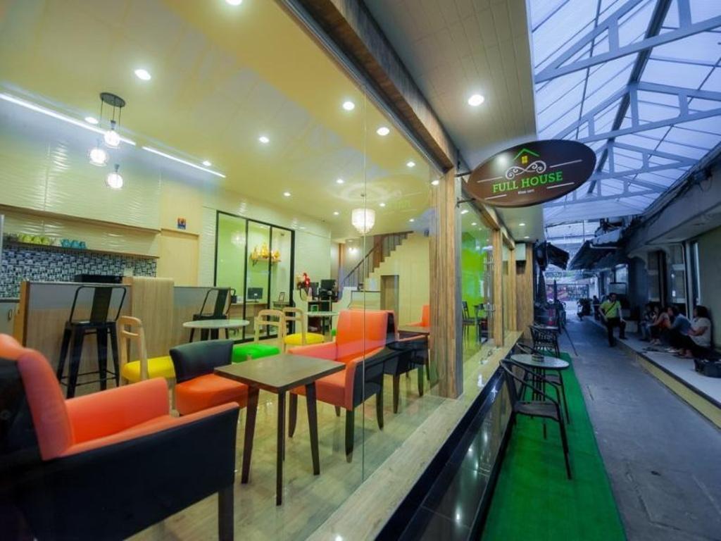 Full House Khaosan9