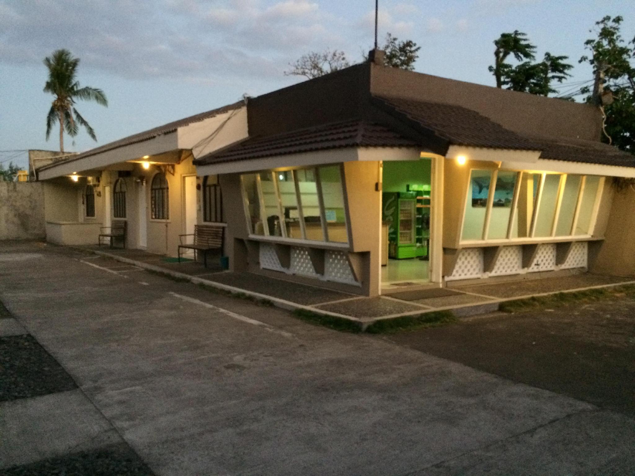 Night and Day Inn - Bonot, Legazpi City