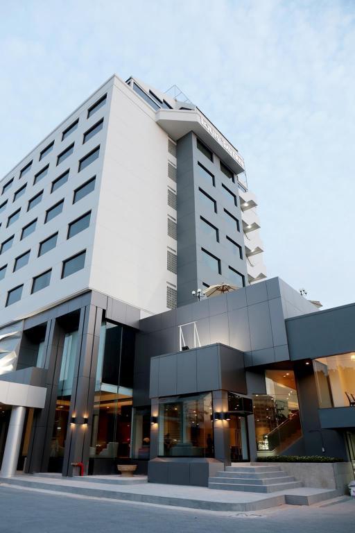 ルイ タバーン ホテル18