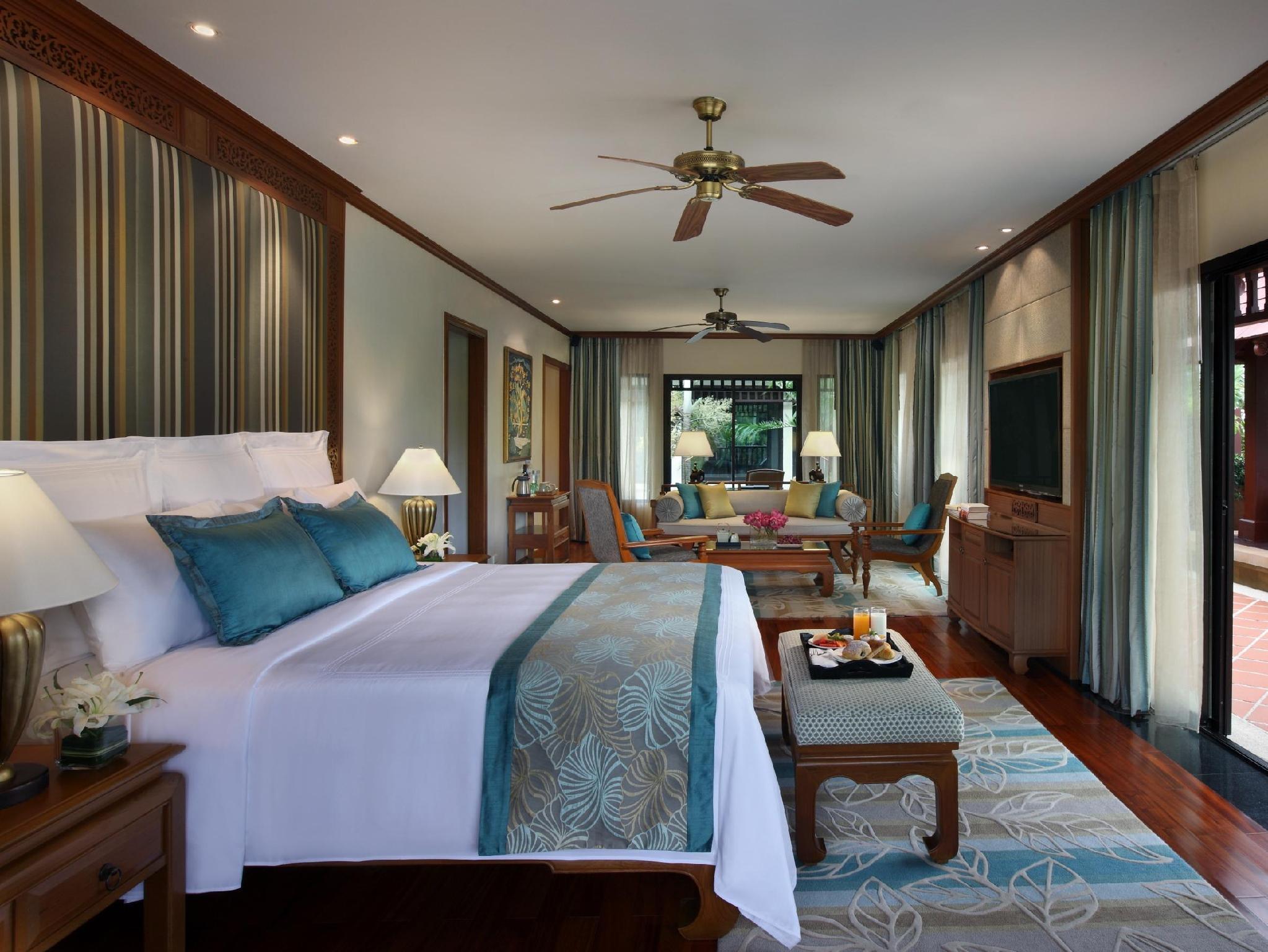 http://pix6.agoda.net/hotelImages/924/9245/9245_15062415220030657758.jpg