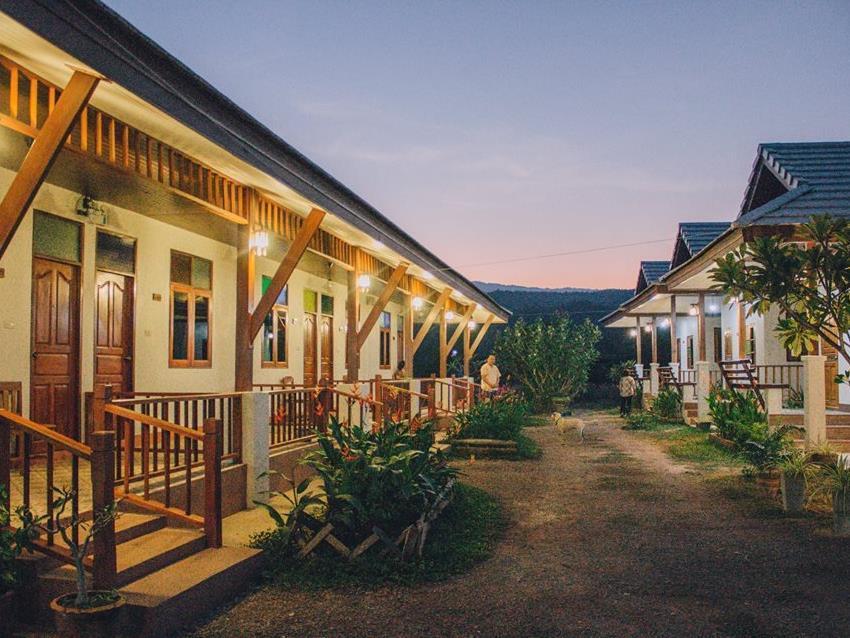 Huenhughod the resort, Hot