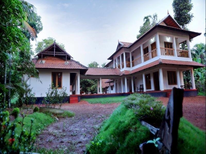 1515 Mepra Heritage Homestay, Pathanamthitta