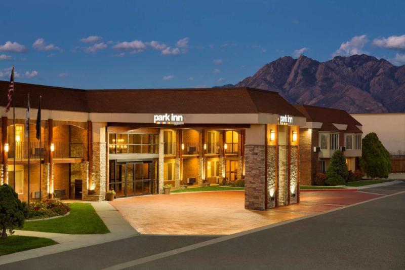 鹽湖城米德瓦爾麗柏飯店
