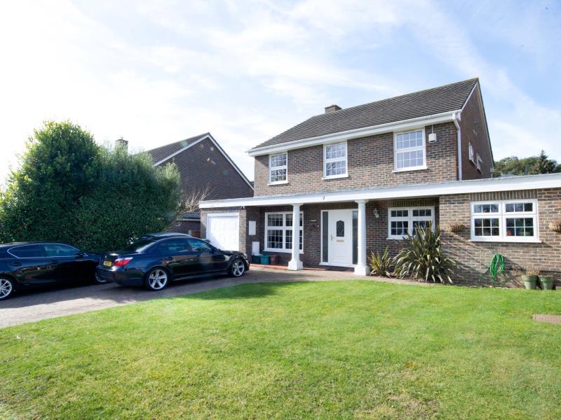 Veeve  House Wonford Close Kingston Bordering Wimbledon, London