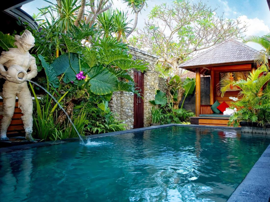 Book the bali dream villa seminyak bali indonesia for Garden pool book
