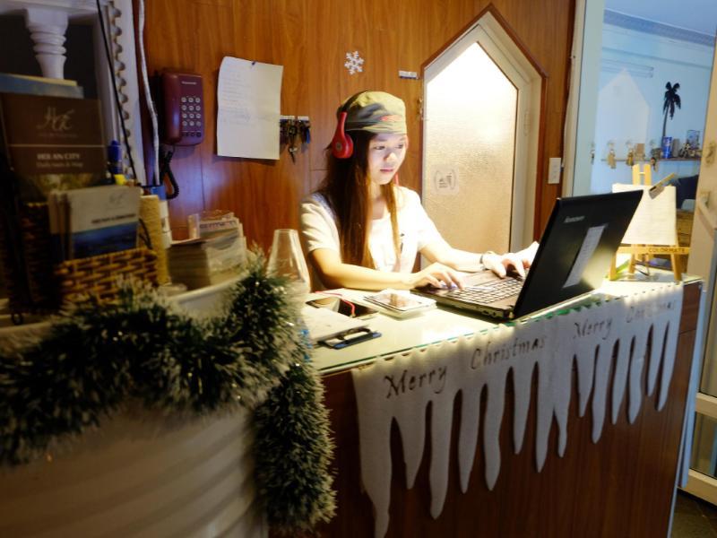 峴港喜海灘青年旅館
