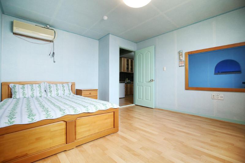 Taean (sinjindo) Yellow Sea Motel