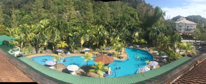 Virgo Batik Resort, Manjung