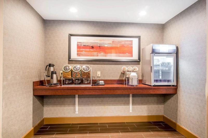 Comfort Inn & Suites Brattleboro, Windham