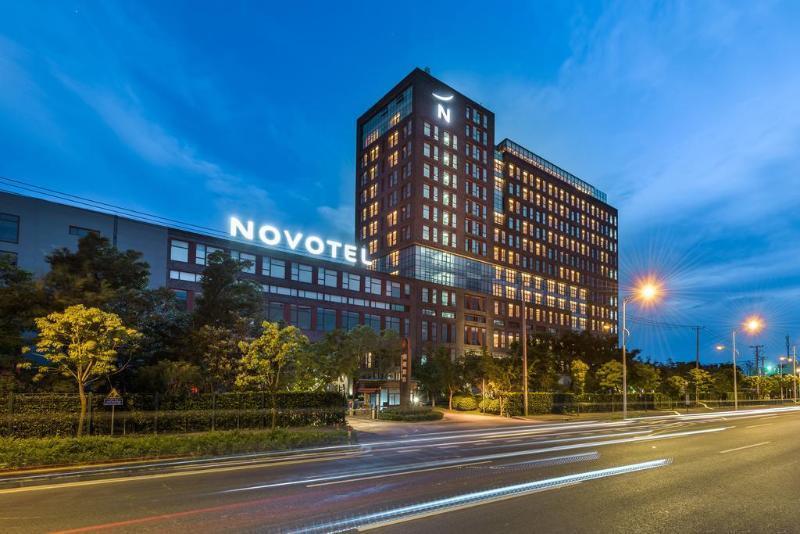 Novotel Shanghai Clover, Shanghai