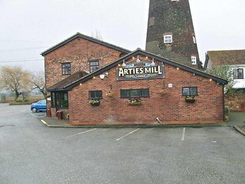 Arties Mill & Lodge, Lagos