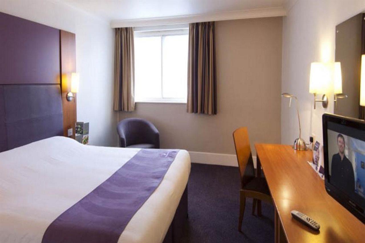 Premier Inn Birmingham - Great Barr/M6, J7, Walsall