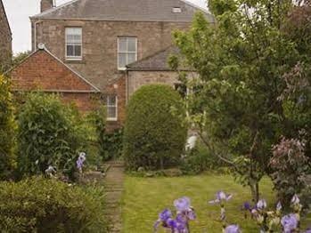 Embleton House Bed & Breakfast