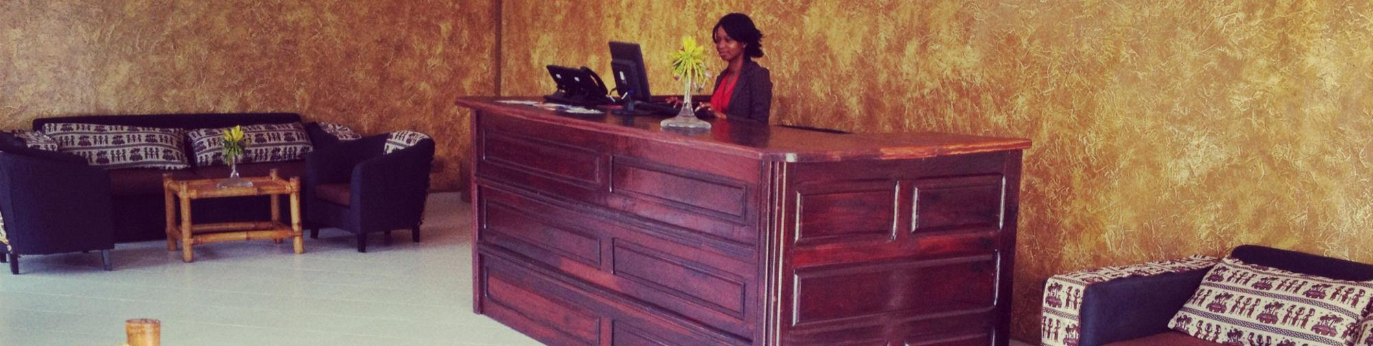 Bamboo Hotel, Kombo Saint Mary