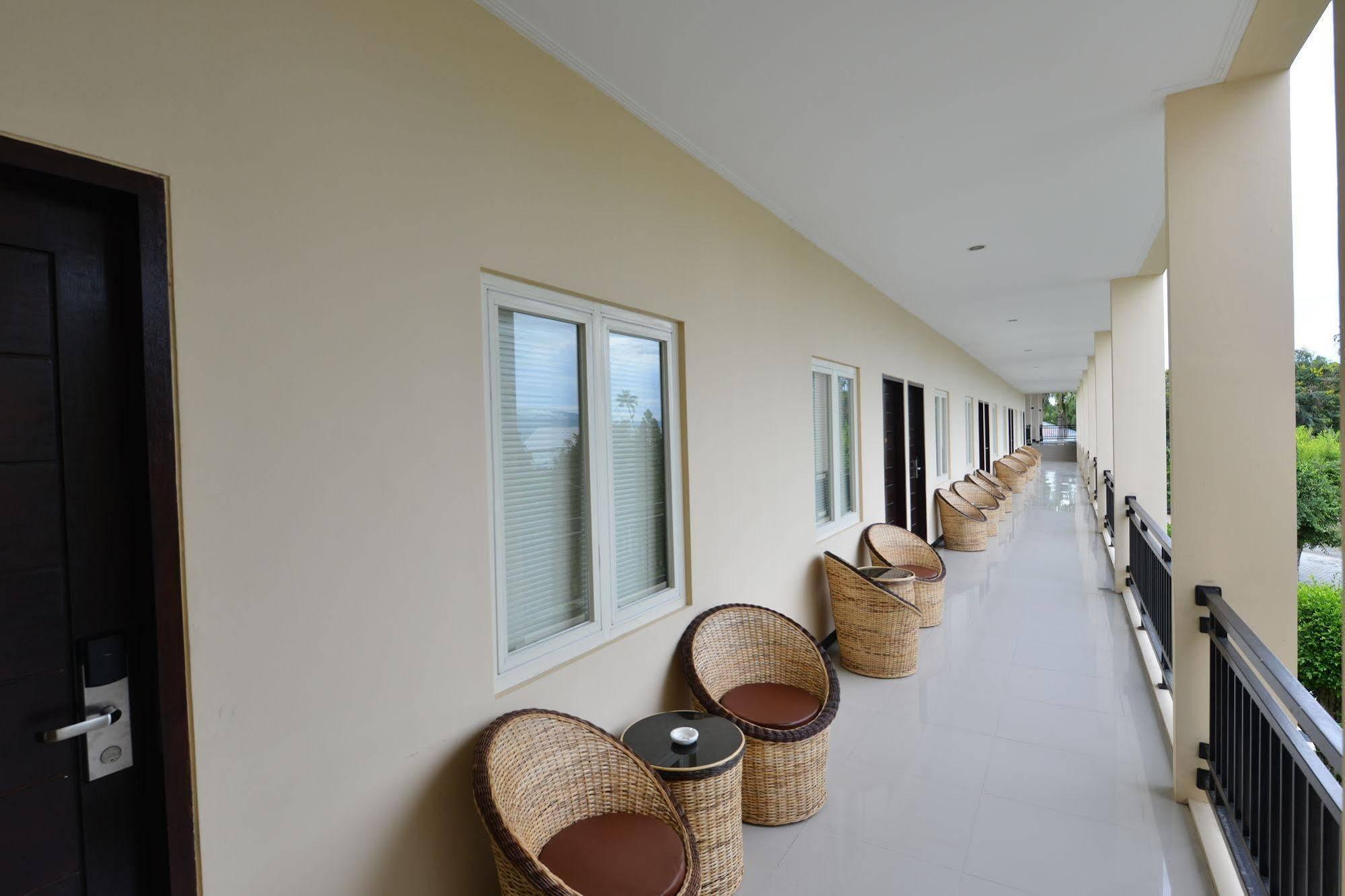 Amazing Beach Resort - Palu, Palu