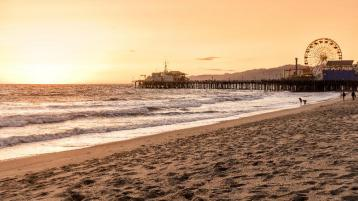 Agoda.com - Get 5% Off on Hotels in Los Angeles