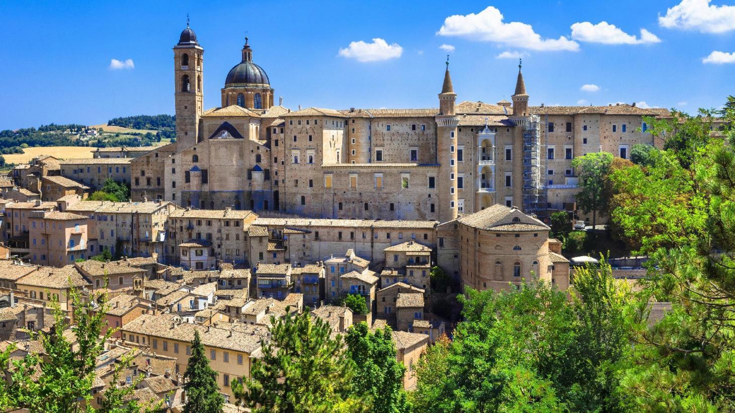 Urbino Apartments - Best Price + HD Photos of Apartments in Urbino