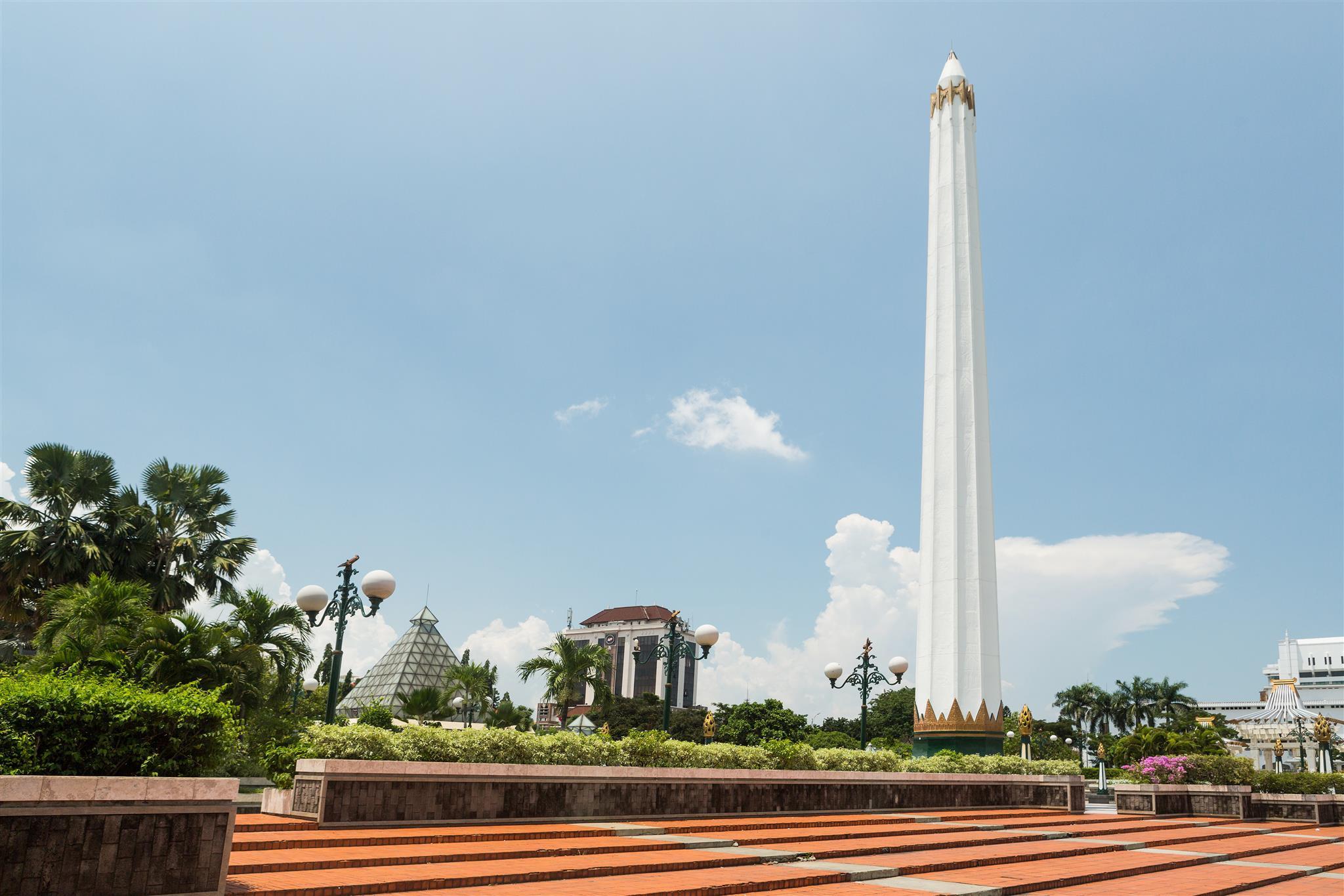 OYO 662 Miracle Homestay Syariah, Surabaya