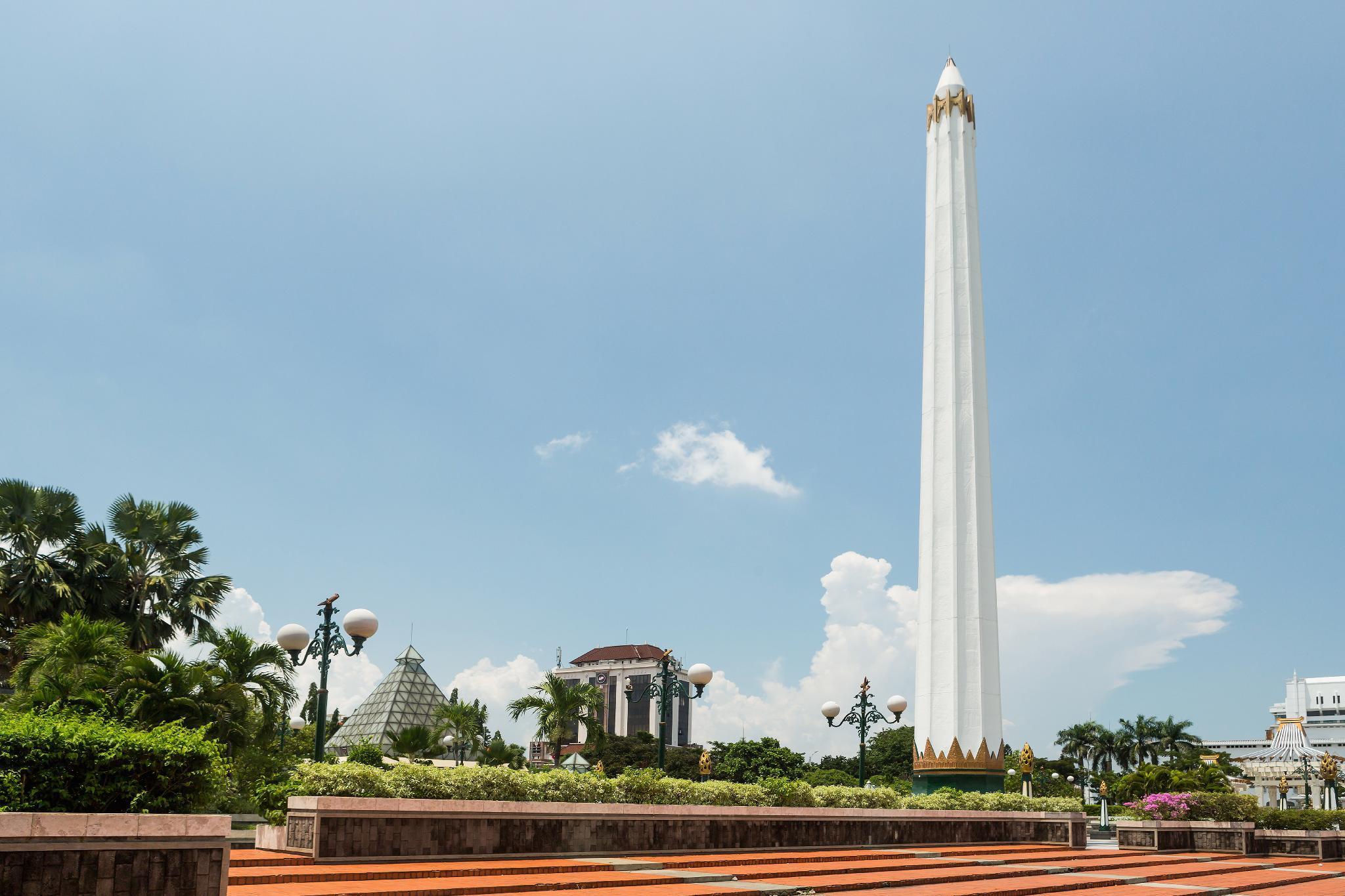 RedDoorz Apartment near Exit Toll Kota Satelit, Surabaya