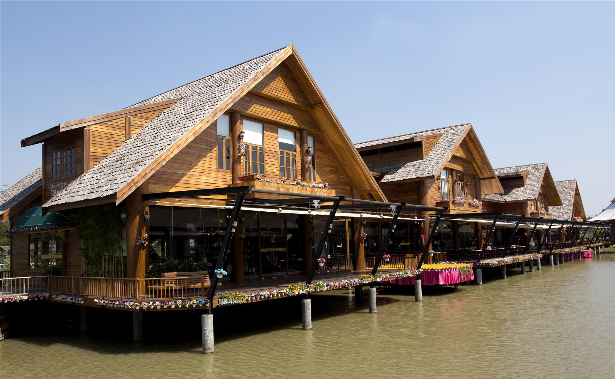 Horseshoe Point The Village, Bang Lamung