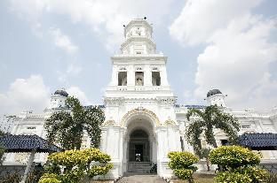 Luxury HomeHotel Paragon  1-8 pax, Johor Bahru