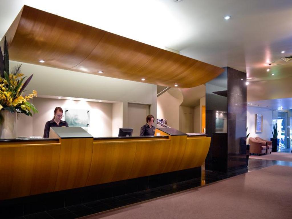 Hotel Grand Chancellor Premier King Room