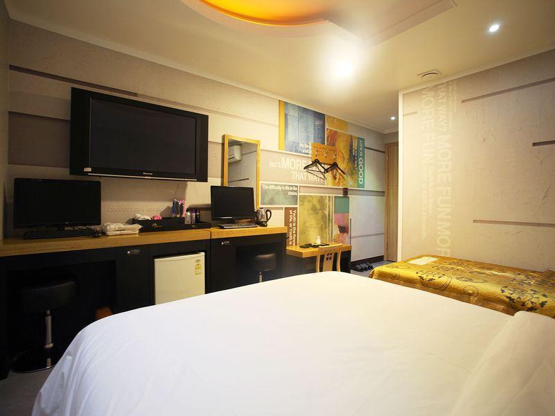 Hotel Luxe, Paju