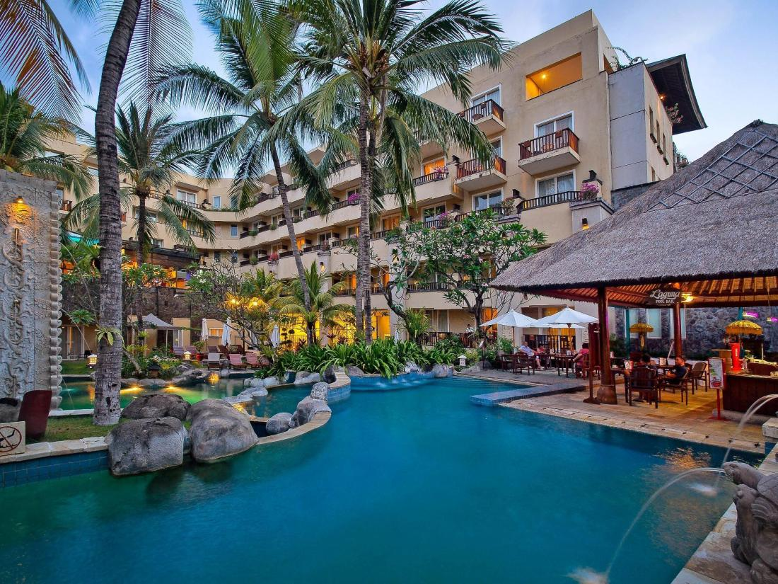 Best price on kuta paradiso hotel in bali reviews for Hotel di bali indonesia