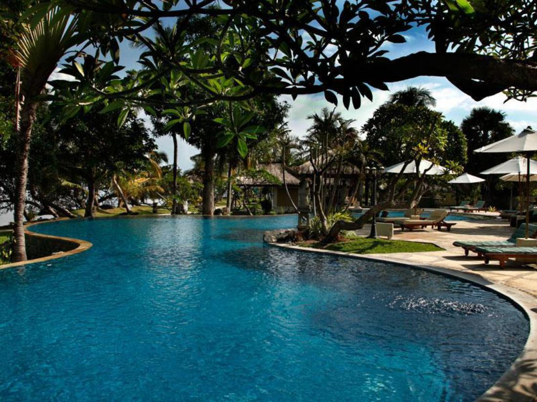 Best price on puri bagus lovina resort in bali reviews for Best hotel di bali