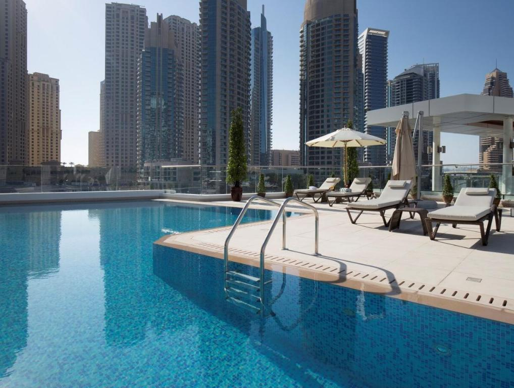 Best price on la verda suites villas dubai marina in for Best suites in dubai
