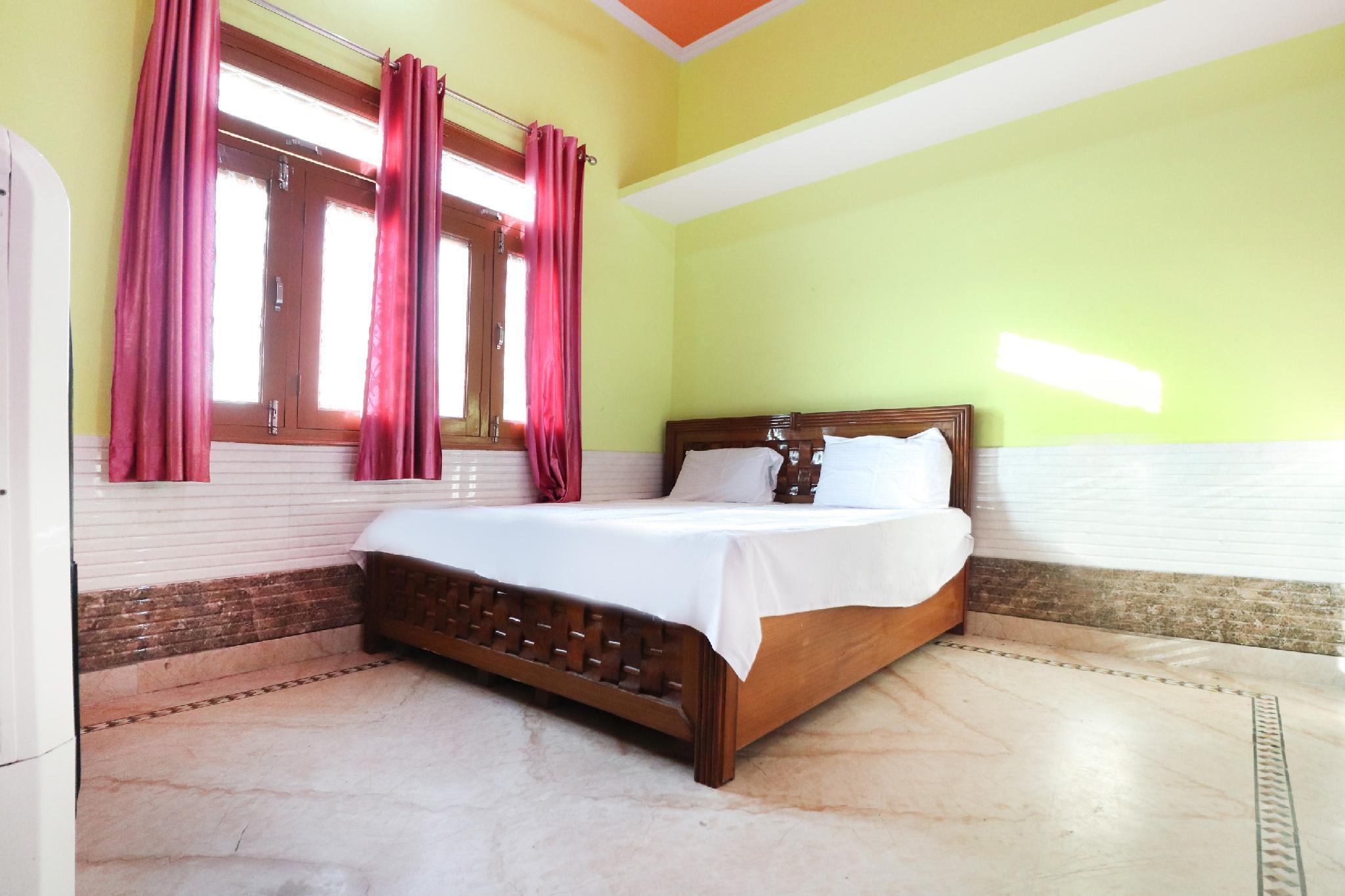 SPOT ON 60918 Hotel Shivani, Amroha