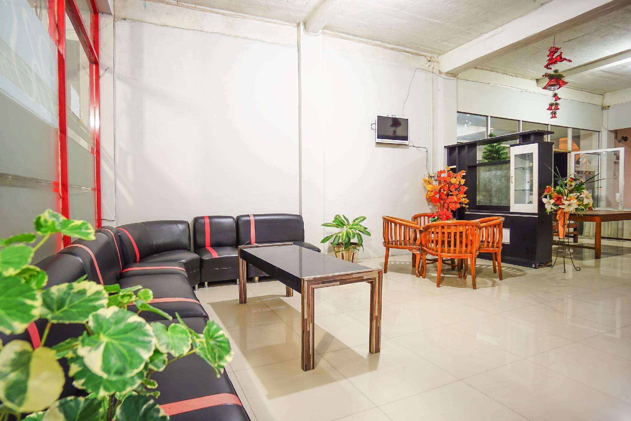 OYO 1545 Bs Residence
