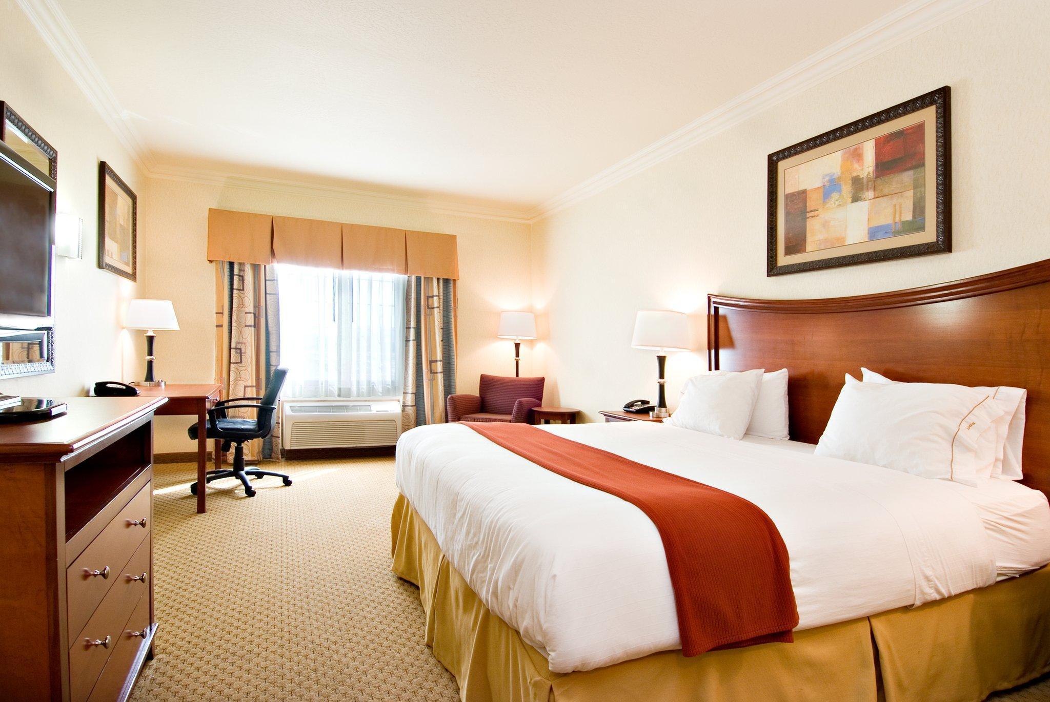 Holiday Inn Express & Suites Klamath Falls Central, Klamath