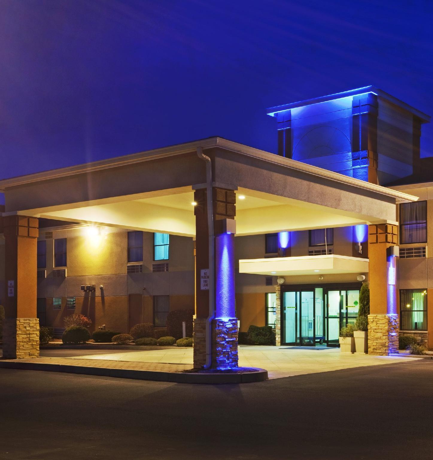 Holiday Inn Express North Attleboro, Bristol