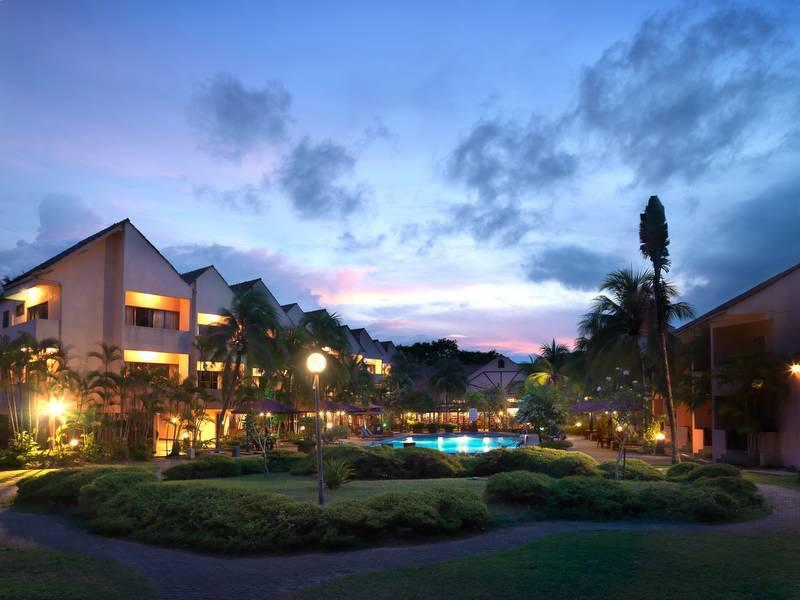 Holiday Villa Beach Resort & Spa Cherating, Kuantan