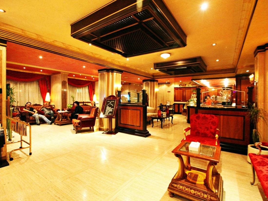 Book city star hotel dubai united arab emirates for Dubai six star hotel