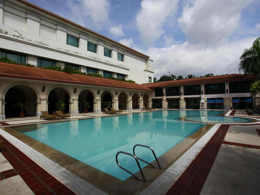 Best Price On Waterfront Airport Hotel And Casino Mactan In Cebu Reviews