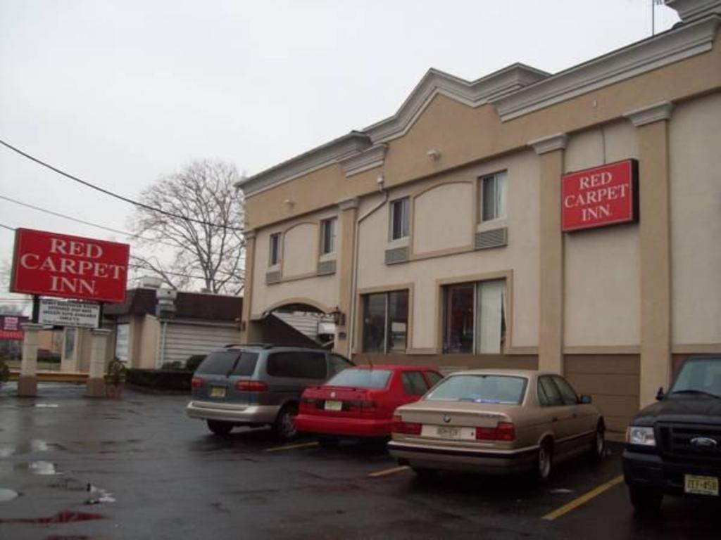 Best Price On Red Carpet Inn Elmwood Park In Jersey City