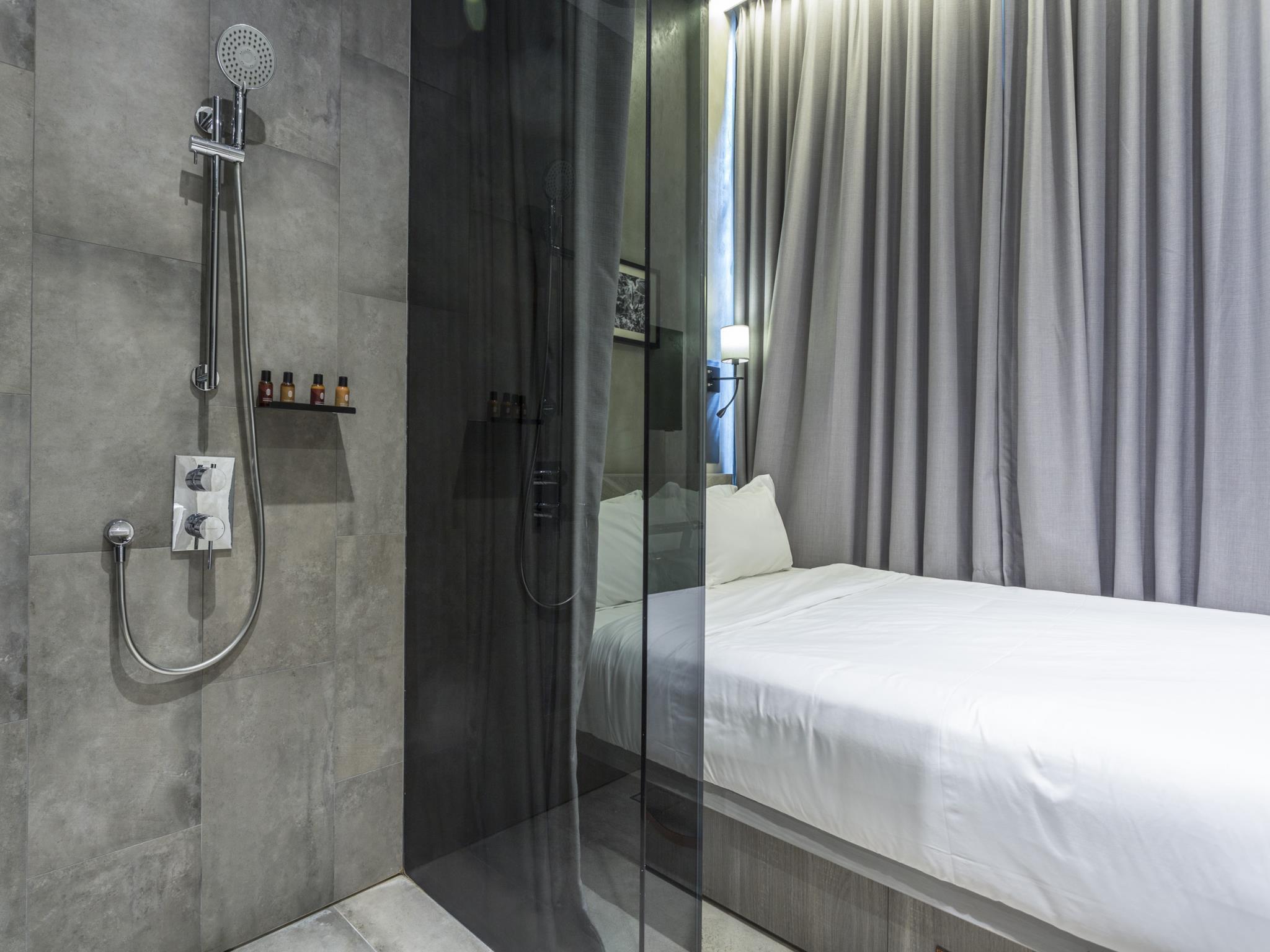 Hotel Yan