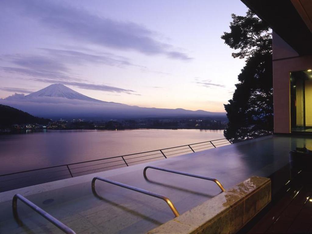 風のテラスKUKUNA_富士山が見える宿